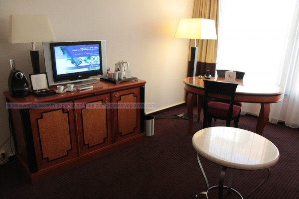Sofitel Budapest Chain Bridge table inside room