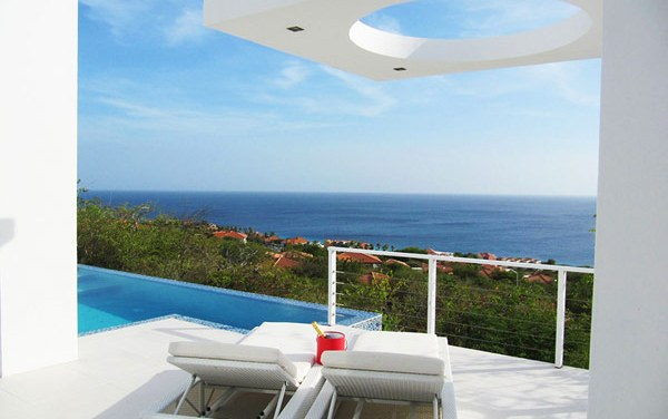 Oceanvillas Curacao: overlooking the Caribbean sea and beyond