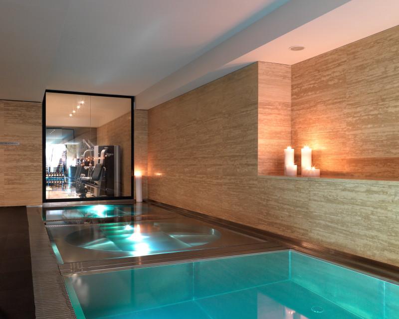 Hotel Sense Sofia pool