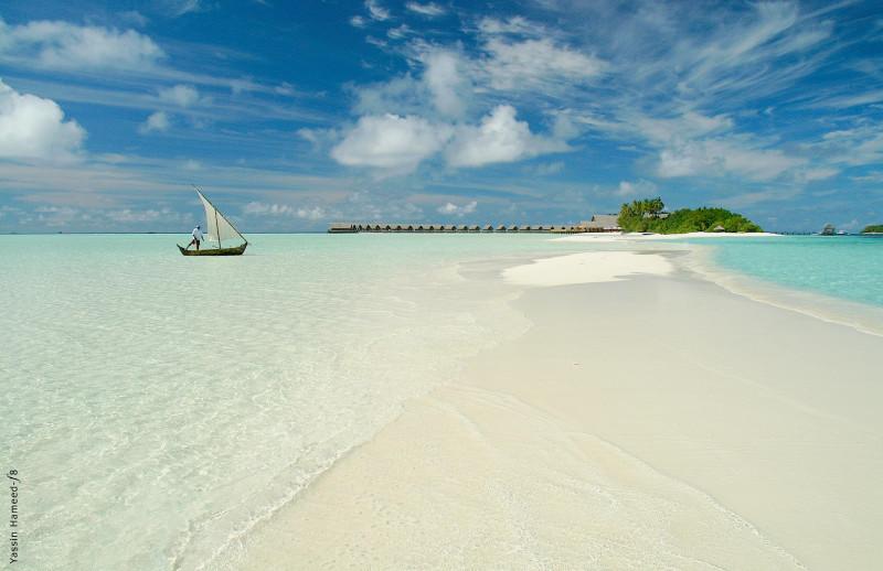Cocoa Island by COMO Hotel Boats Maldives