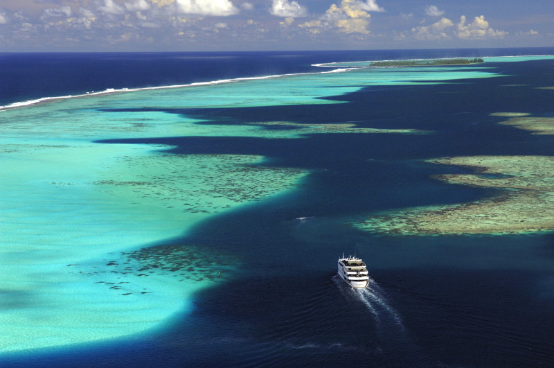 Nomade Yachting by Bora Bora Cruises view on the water