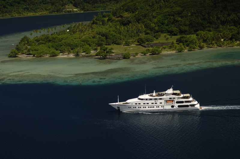 Nomade Yachting by Bora Bora Cruises yacht