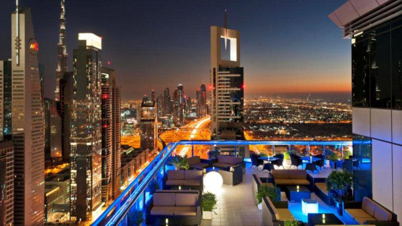 Sky high bar crawl in Dubai
