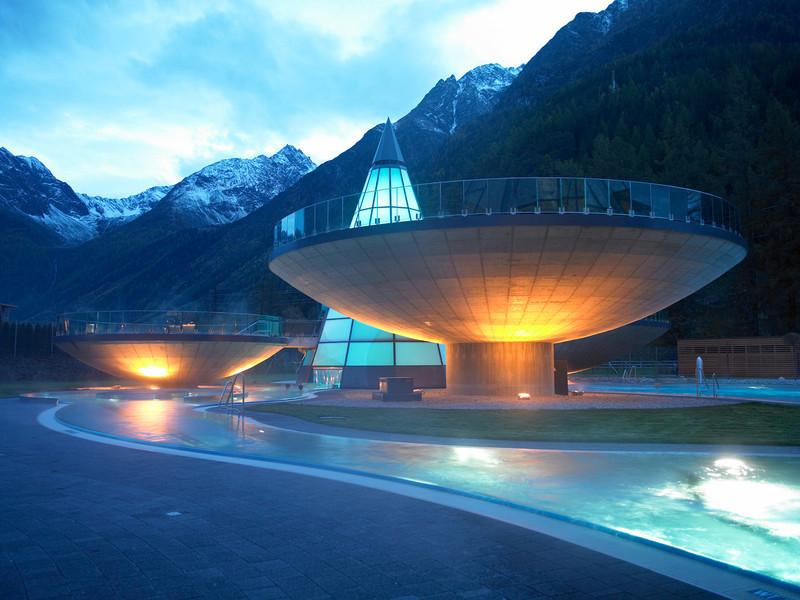 AQUA DOME Austria bowl-shaped pools