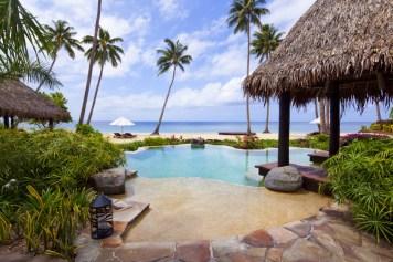 Laucala_plantation_villa_pool9