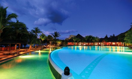 Dinarobin Hotel Golf & Spa – The resort at the foot of a mountain