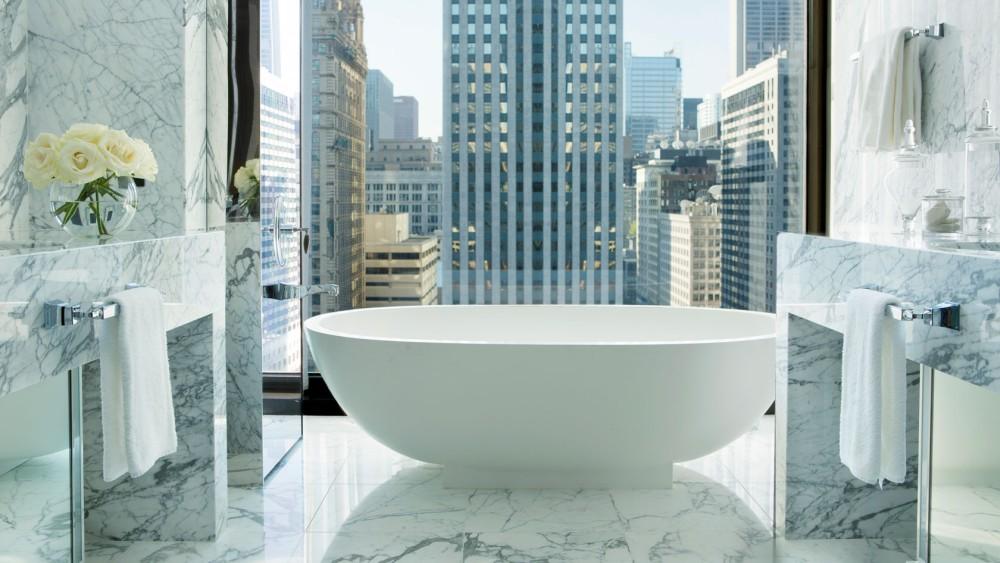Langham Chicago-tlchi-rooms-infinity-suite-guest-bathroom-1680-945