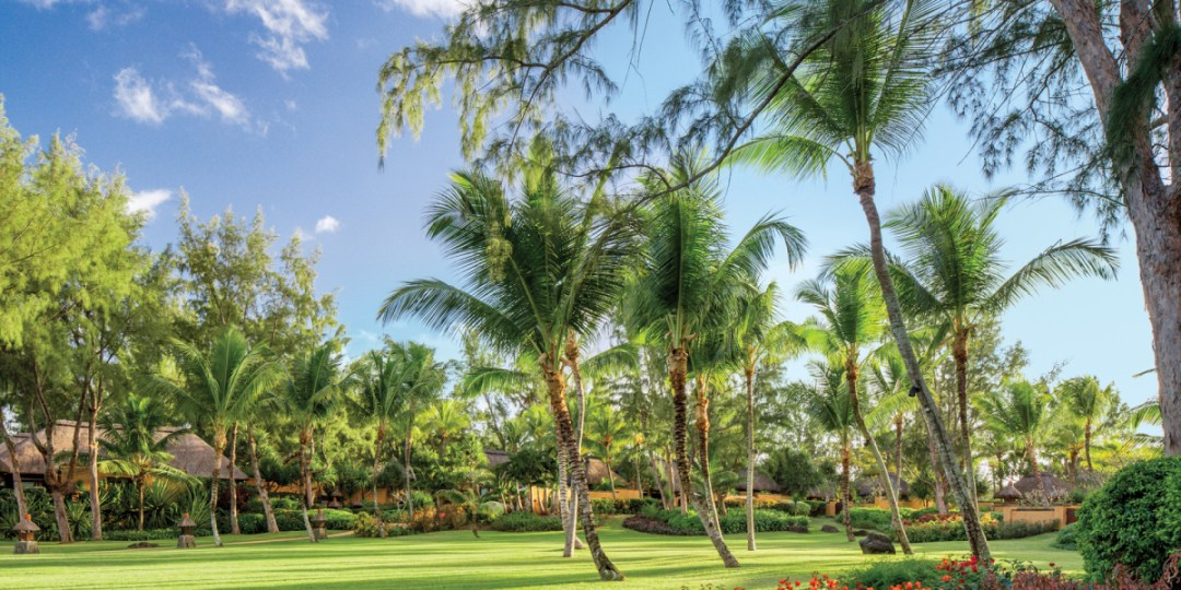 tropical-garden The Oberoi, Mauritius