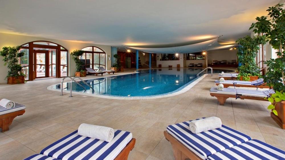 Kempinski Hotel Grand Arena Bansko pool indoor
