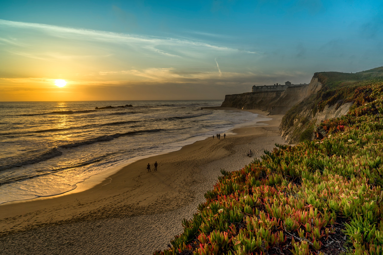 Sunset over Half Moon Bay in California. Somehow this photo got buried in my backlog and I just recently found it again. It's a little surprise and reminder of a day about a year ago.