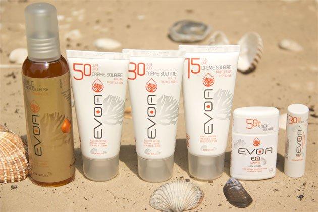 cremes solaires sur la plage