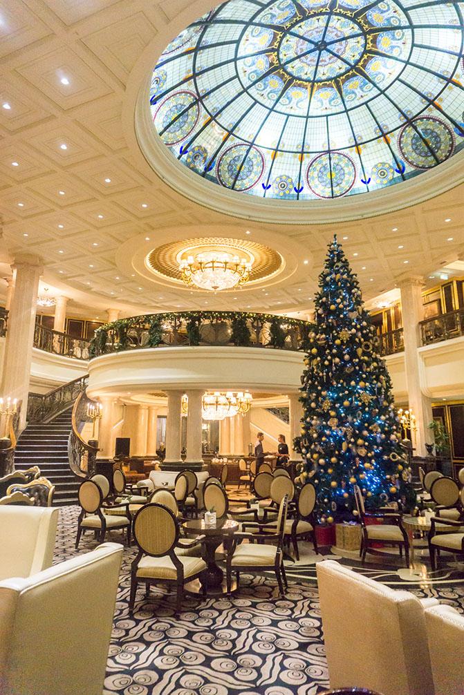 St Regis Moscow lobby