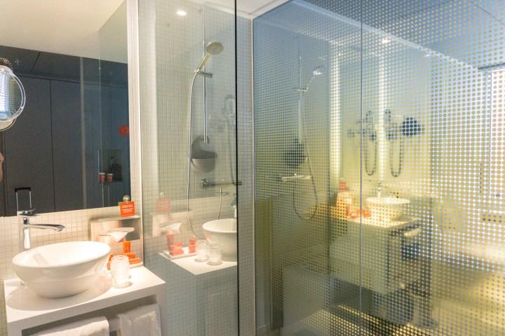nhow-rotterdam-badkamer