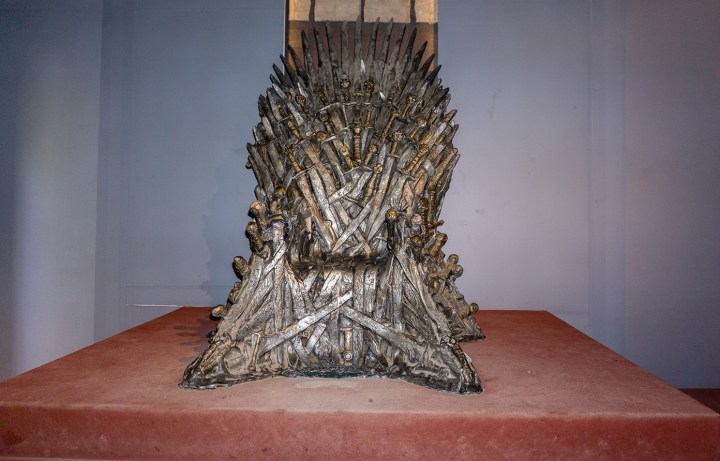 Dubrovnik-game-of-thrones-iron-throne