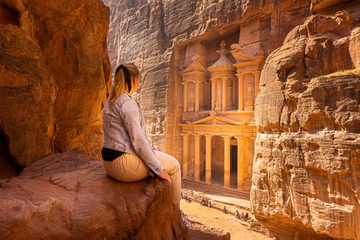 Uitzicht op de schatkamer in Petra