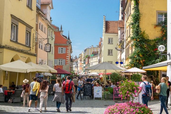 De Altstadt van Lindau aan de Alpenroute