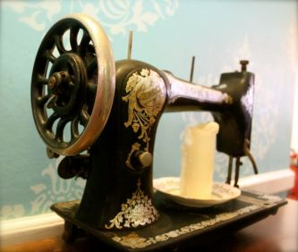 Edith's House Sewing Machine