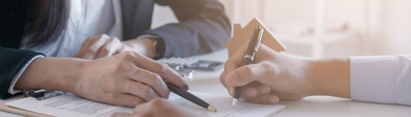 Modelo de contrato por prestación de servicios para abogado o abogada