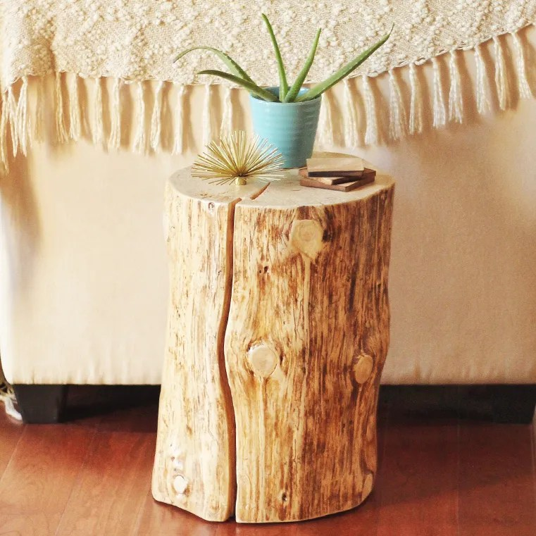 DIY | NATURAL TREE STUMP SIDE TABLE