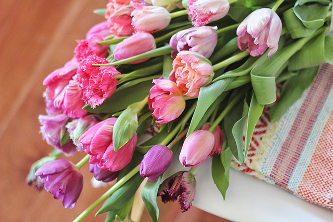 All About Tulips | Cascading Ombre Tulip Bouquet // JustineCelina.com