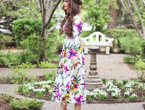 What to Wear to a Spring Wedding   SheIn Muiticolour Long Sleeve Flowery Floral Pastel Dress // JustineCelina.com