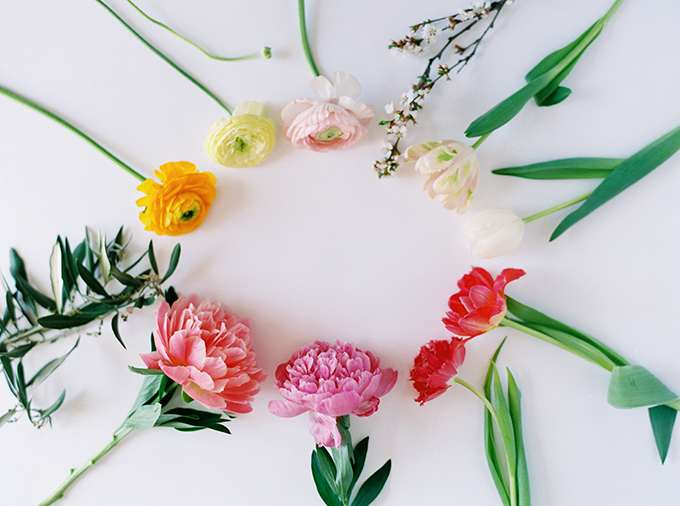 DIY | How to Make a Summer Flower Arrangement with Rebecca Dawn Design | Colourful Summer Arrangement with peonies, ranunculus, fringe tulips, double tulips, parrot tulips, craspedia, Nanking cherry blossoms and olive branches // JustineCelina.com