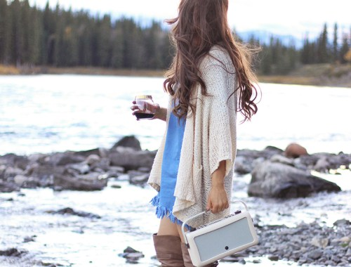 A Mini Mountain Getaway | VQ Hepburn Mk II Radio in Cream // JustineCelina.com