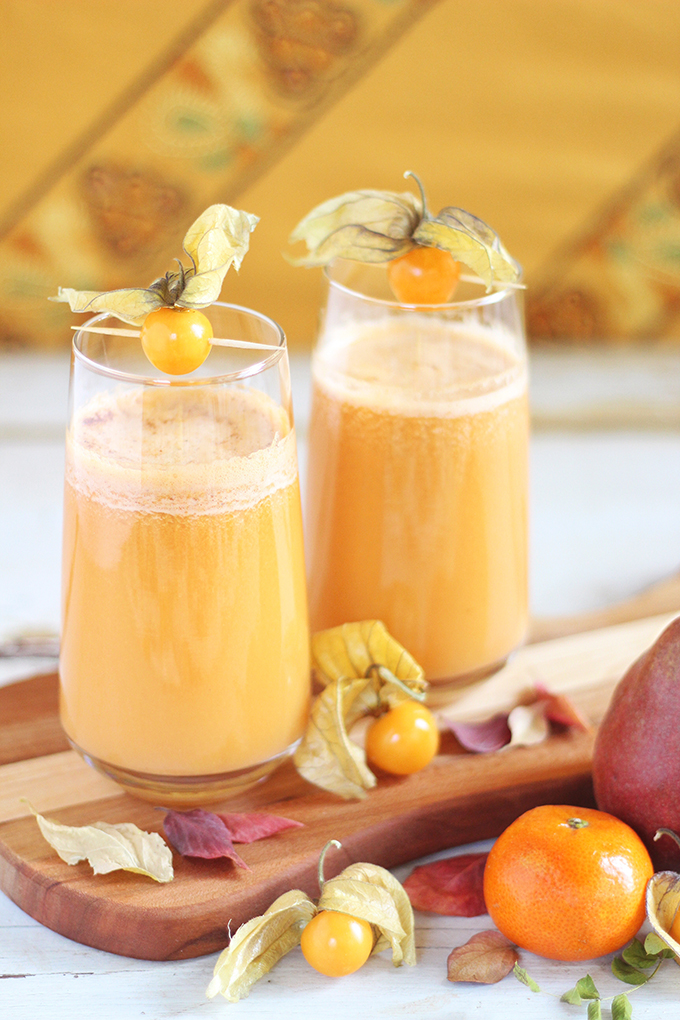 Autumn Energizer Juice with Cape Gooseberries // JustineCelina.com
