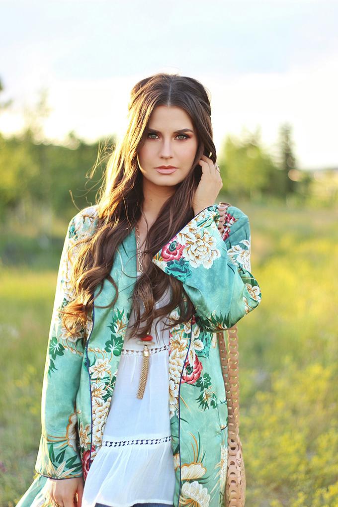 Summer 2017 Trend Guide | Kimono Love | Warm, Sunset Inspired Makeup // JustineCelina.com