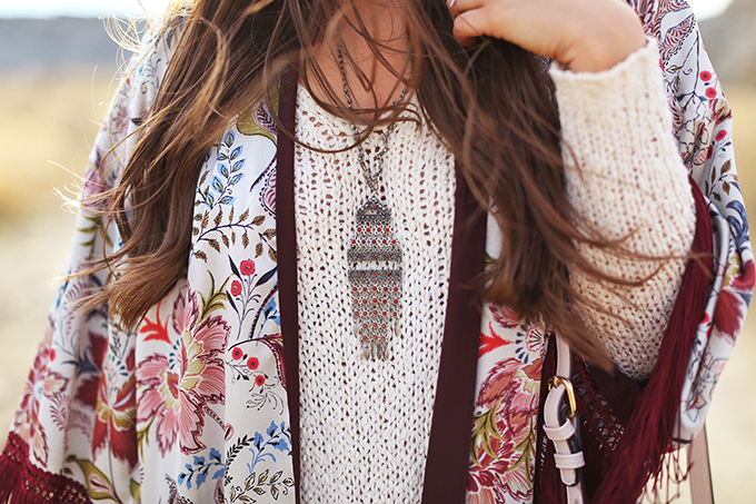 How to Style | Kimonos for Autumn | Vintage Silver Boho Necklace // JustineCelina.com