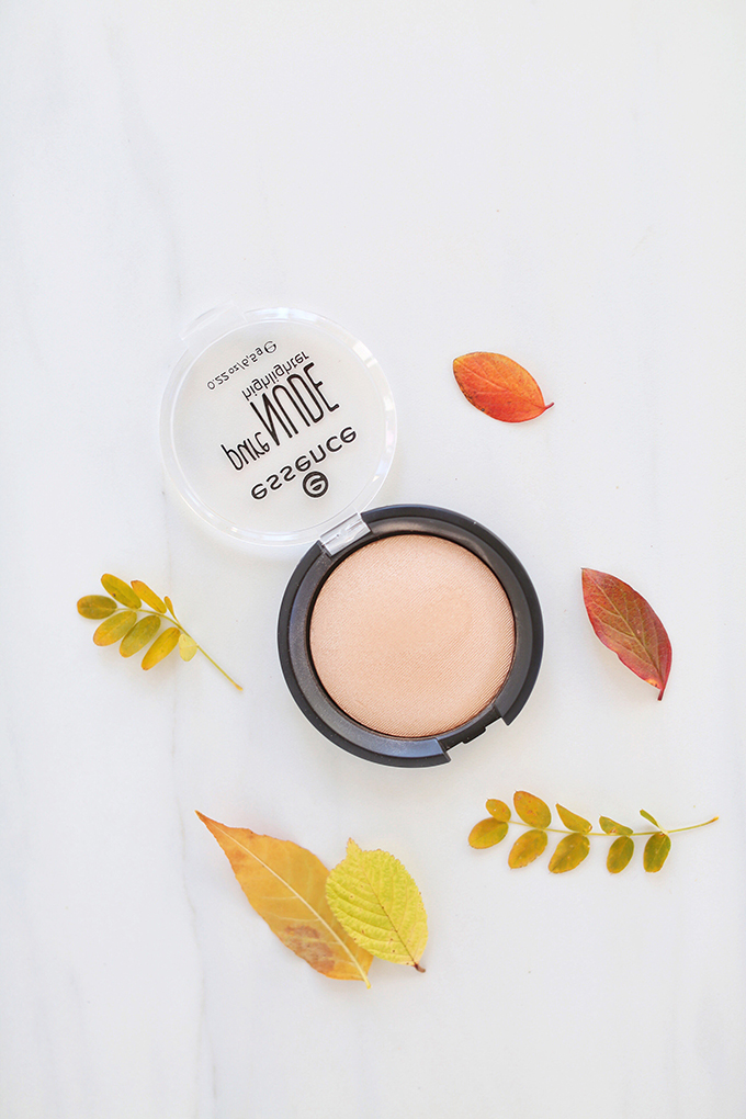 Essence Pure Nude Highlighter inBe My Highlight 01 | September 2017 Beauty Favourites // JustineCelina.com