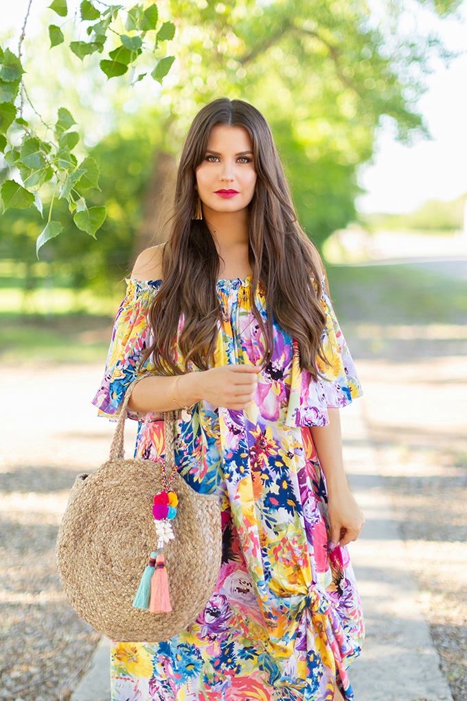 Summer 2018 Trend Guide | Flower Power | Summer 2018 Trends | How to Style Flowy Floral Dresses for Summer // JustineCelina.com
