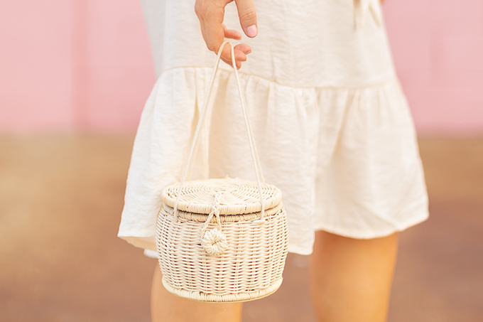 The Accessory Edit | Natural Material Bags | Zara Raffia Basket Bag | How to Style Raffia Bags | The Best Raffia Bags 2018 // JustineCelina.com