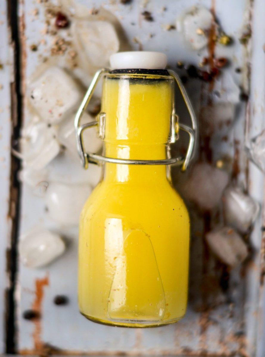 Hausmittel gegen Erkältung No. 1: Ingwer-Kurkuma-Shots