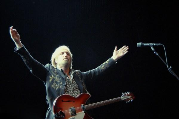 Tom Petty, photo by Band Fan - https://flic.kr/p/8awr4s
