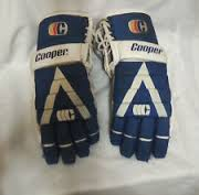 Here's a similar set of hockey gloves that I wore for the first time.