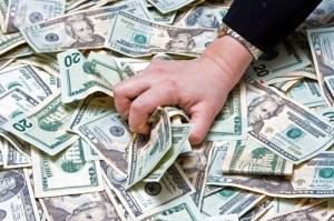 Geld raffen fürs eigene Wohl ist alles was ganz gut klappt - wenns es um Unfallopfer geht.