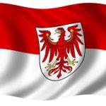 Mit wehender Flagge gegen das Volk