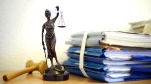 """Falscher Verdacht durch Beamte wird durch die Justiz in der Regel immer geschützt. Das nennt sich dann """" Rechtsstaat"""""""