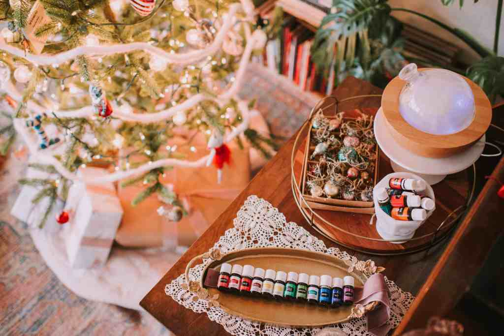 20+ Dreamy Christmas Diffuser Blends You Have to Try | Just Jes Lyn