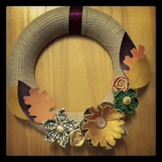 https://justkeepsewing.net/2012/11/10/11-autumn-wreath/