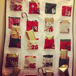 https://justkeepsewing.net/2012/11/29/14-advent-calendar/