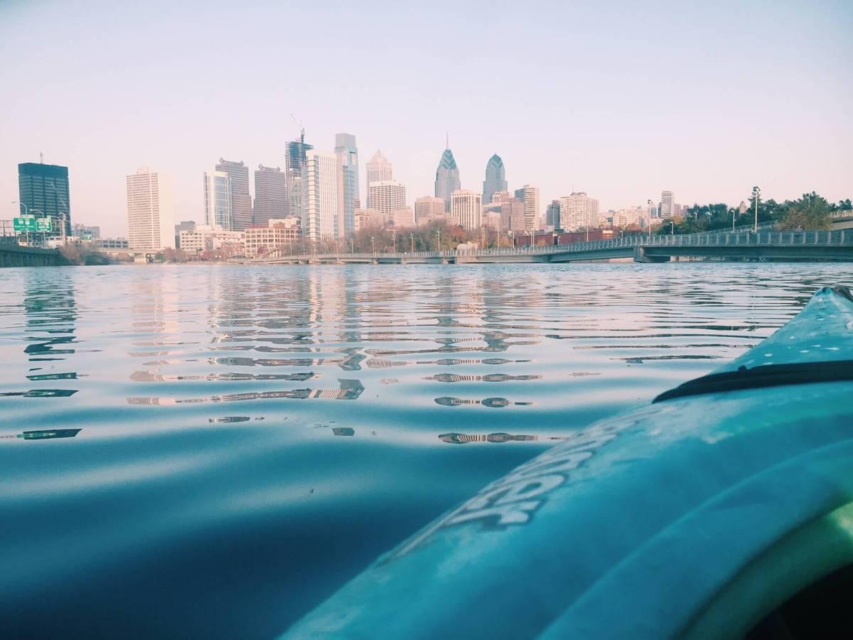 Kayaking on the Schuylkill River | Philadelphia Sightseeing