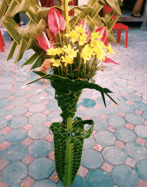Go to Thailand, woven flowers