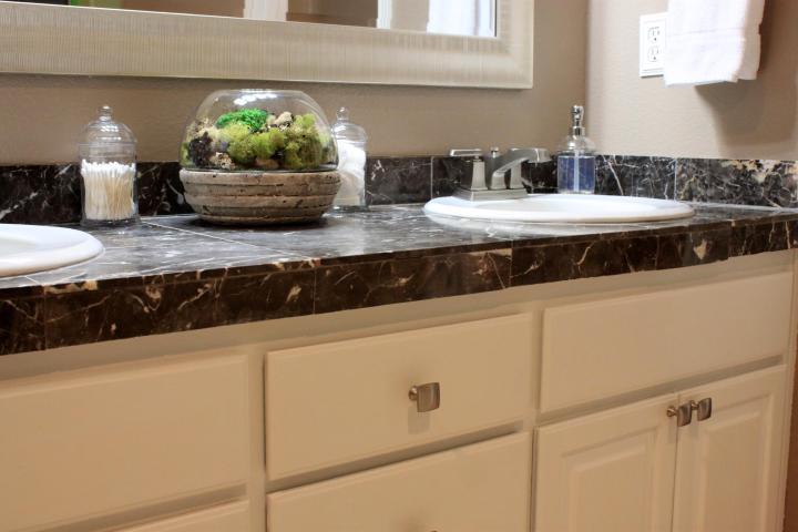 Room Makeover…My Master Bathroom Vanity