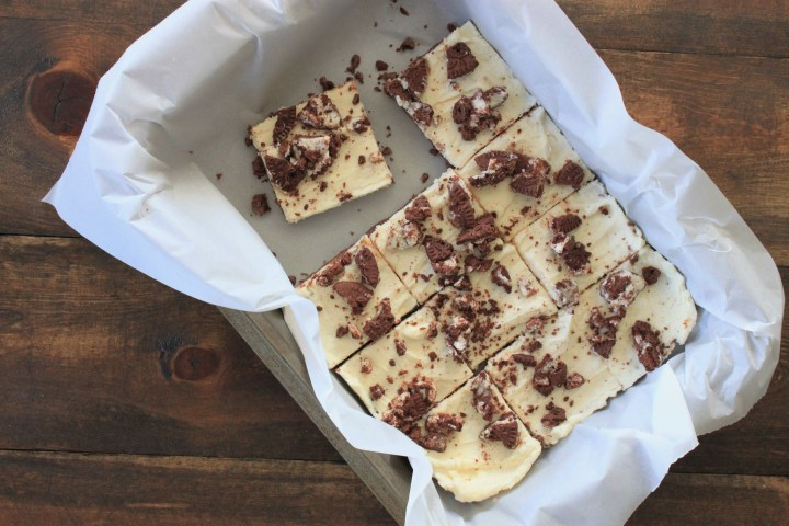 Cookies & Cream Cheesecake Bars