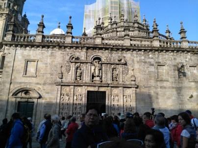 img_20161007_103312-entrance-to-holy-gate