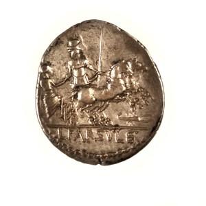 Roman Republic, minter L. Farsuleius Mensor, silver denarius, 75 BCE. Reverse.