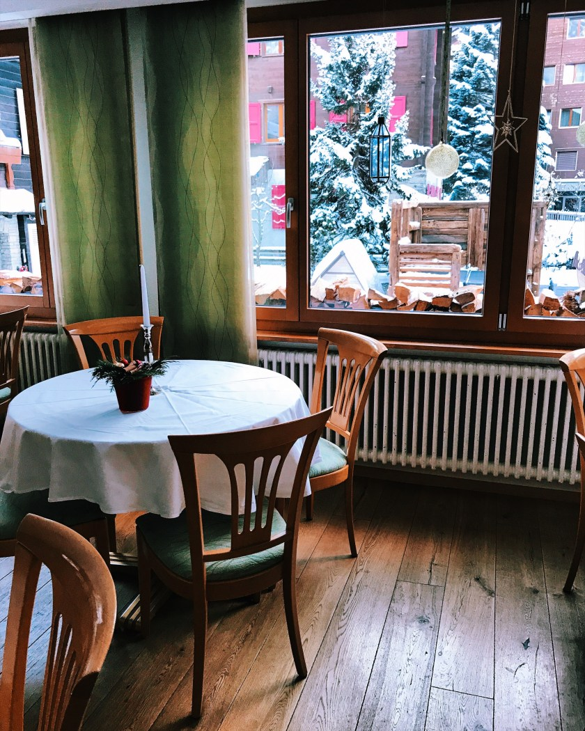 Breakfast area at Hotel Bristol in Zermatt