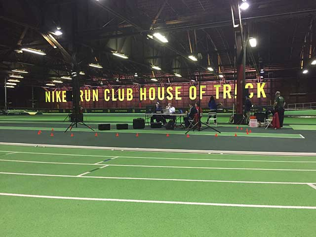 house of track neon sign